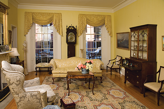 Interiors of beacon hill boston by b w moore g weesner from antiques fine art magazine for Federal style interior decorating